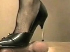 hotlegs-high heel rod and ball trample