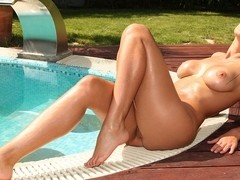 Zafira - A Wet Pussy By The Pool