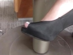 Candid heels and feet of magalie faceshoot part 1