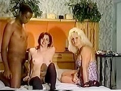 Hawt non-professional interracial compilation two