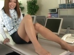 Arisa Kuroki, Riri Kuribayashi in Newly Hired Female Employees 16 part 4.1