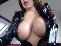 hotjuliaxxx intimate episode on 01/23/15 14:52 from chaturbate