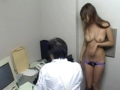 Handsome Japanese babe got fucked by a dirty old man
