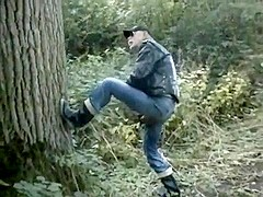 nlboots - pissing outdoors. yeah: in boots