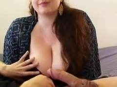 Overweight hotty likes to make him cum