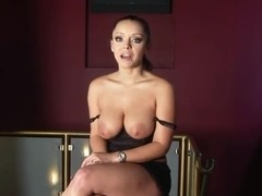 Latina diva Liza del Sierra gonna caress pussy