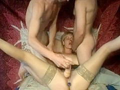 Mature I'd like to fuck wench fuck with 2 excited jocks