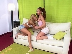 Horny honey has sex with tranny and get's facial cum cleansing