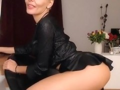 AlexyBelle Birthday freechat smoking in sxey black dress