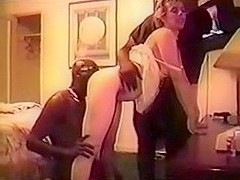Dilettante British HouseWife Has Big O with Blacks