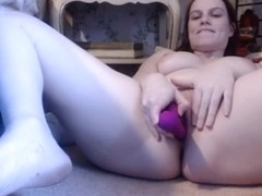 Hiding from my mom to masturbate- andrea sky