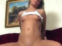 Sexy Girl Gets Her Tits Licked And Gives Sexy Oral