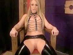 MIstress Applegate Demands Her Worshipping