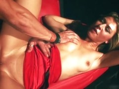 HotGold Video: Blonde On Fire