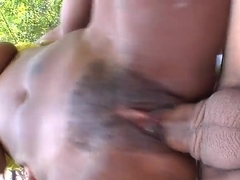 Ball sucking Tori Taylor gets banged outdoor