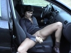 Hot MILF cums in public with corn